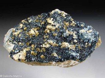 Andradite - DS43124