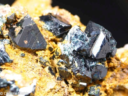 Gahnite from Hawks Pyrite mine, Charlemont, Franklin Co., Massachusetts, United States - RW48596