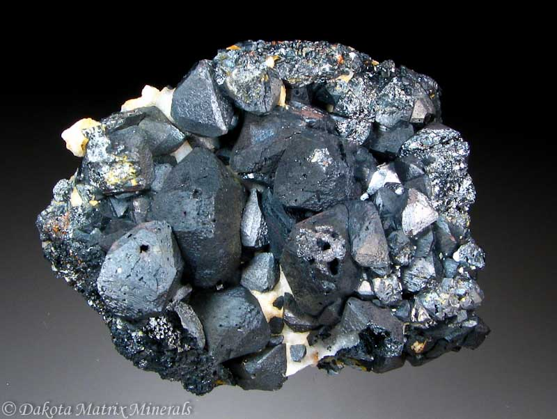 Magnetite Mineral Group 16